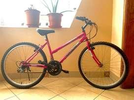 Bicicleta Monarette Volcano'26 Fuscia | Monark