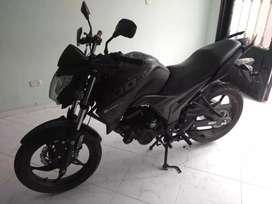 Se vende Moto AKT CR5 200 MODELO 2020