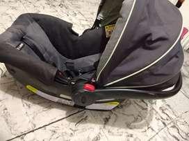 Vendo silla de niño para carro