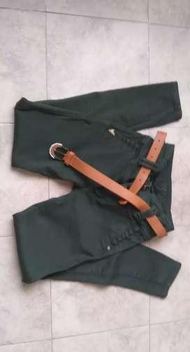 Pantalón para dama en las tallas 8-10-12
