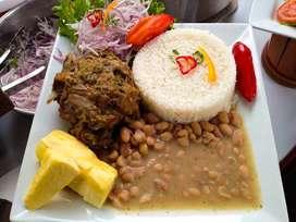 se necesita personal  (chef) con experiencia en comida criolla  rapida