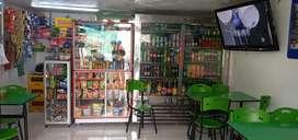 Negocio de comidas rápidas y tienda