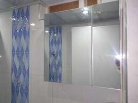 Gabinete puertas en espejo