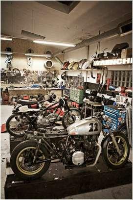 Se necesita mecánico electricista de motos