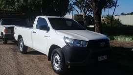 Vendo toyata hilux cabina simple 4x4