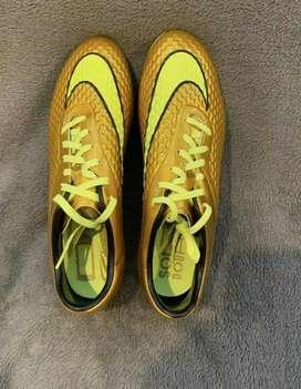 Pupos Nike Hypervenom