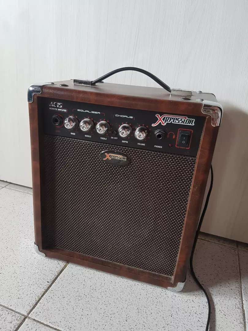 Amplificador Xpression AC-15 0