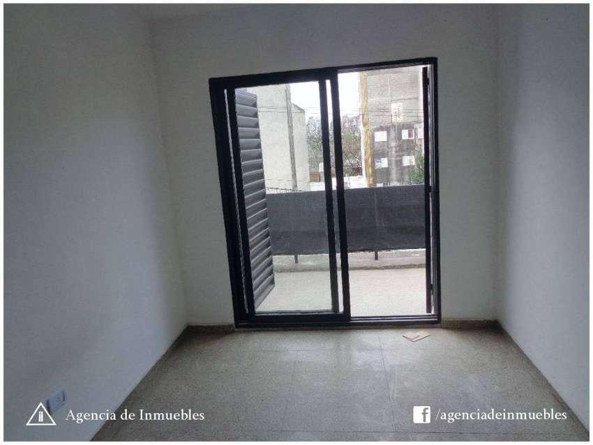 OPORTUNIDAD: Dpto 2 Dormitorios / GUEMES/ Ideal Inversor! 0