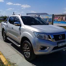 Nissan Frontier NP300 - 2018 - 4x4 LE AT - Full