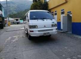 Vendo microbus escolar mitsubishi L300 Diesel 2009