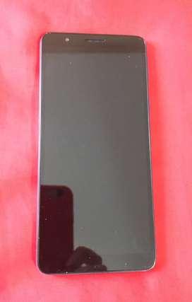 Vendo celular A 01 core, liberado y accesorios originales.