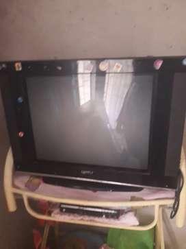 A la venta televisor SPLYM