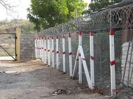 Postes plásticos para cercas y corrales