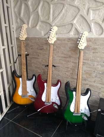 Guitarra Eléctrica Stratocaster GSW 0