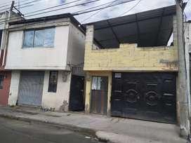 Casa con terreno Riobamba 300 metros cuadrados