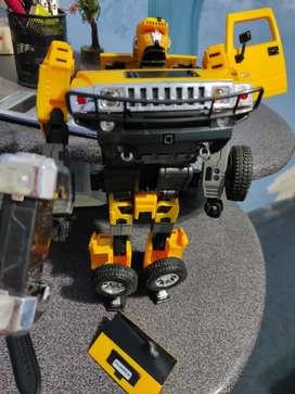 Se vende juguete Transformer Hummer Loja,Loja