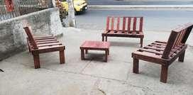 Muebles en Estiba Pintados Y Barnizado