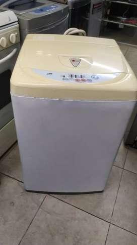 Hoy en venta lavadora LG 18 libras de capacidad