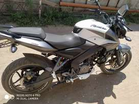 Rouser ns 200 impecable