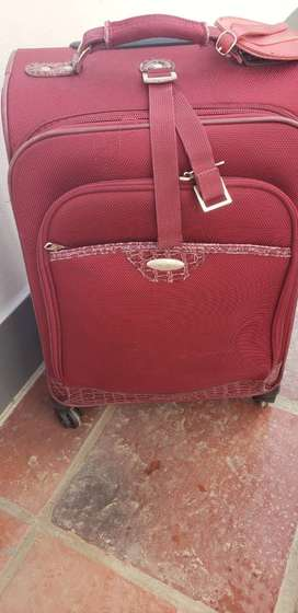 "VENDO VALIJA ""CARRY-ON"" SAMSONITE"