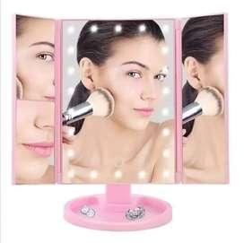 Espejo De Maquillaje Plegable Con 22 Luces LED