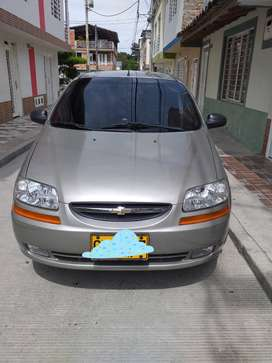 Vendo Carro Chevrolet Aveo Family