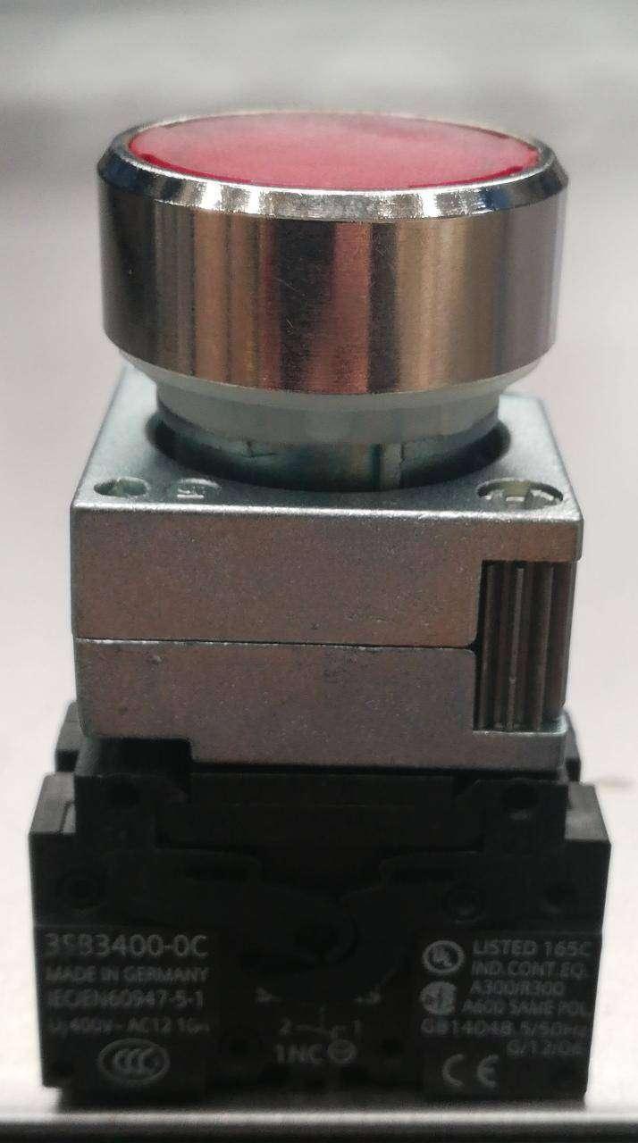 Pulsador rojo con led 24VAC/DC + 1NC SIEMENS 3SB3646-OAA21 0