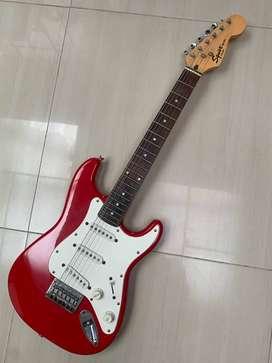 guitarra electrica FENDER SQUIER STRATOCASTER MINI