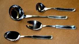 Juego de 4 utensillos de acero inglés Volf