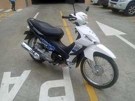 Vendo o permuto moto suzuki viva R115 cool