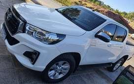 Toyota Hilux SRV 4x4 DC caja manual mod 2019 IMPECABLE!