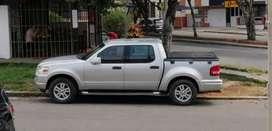 Ford sportrack pickup en excelente estado, versión full de lujo.
