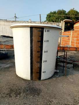 Se vende taque fibra de 500 litros