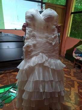 Vestido de novia de diseñador semi nuevo 1 uso