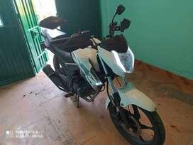 Vendo moto akt cr4 8550 km modelo 2020