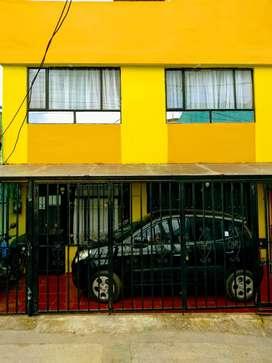 Casa de 2 pisos independientes bien construida