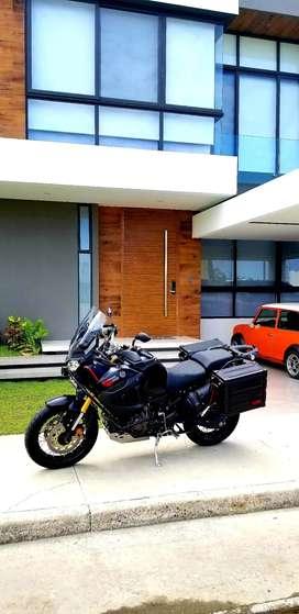 En venta hermosa Yamaha XT1200ZE OPORTUNIDAD como nueva con accesorios y mantenimientos al dia