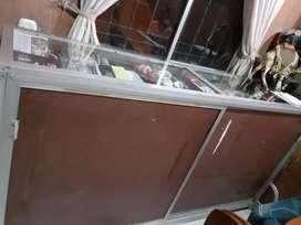 Vitrina aluminio vidrio grueso