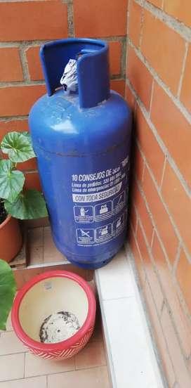 Se vende cilindro de gas nueva