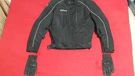 Chaqueta protectora y guantes - Shaft