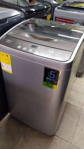 Lavadora haceb de 19 libras