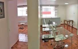 Oficina amoblada - Miraflores - Area: 50m2