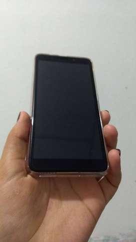 celular marca CORN R20 DORADO