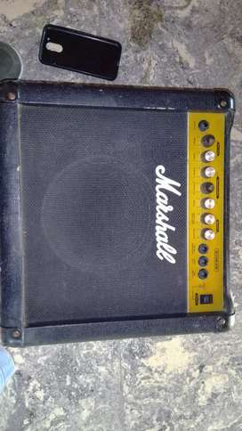 Amplificador Marshall g15r cd