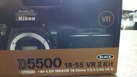 Nikon D 5500 + lente 18-55mm
