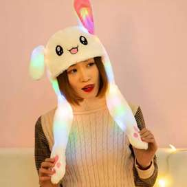 Gorro de conejo orejitas movibles con luces