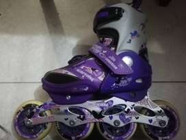 Se venden patines Canariam semiprofesionales.