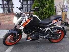 Excelente KTM DUKE 200 a la venta