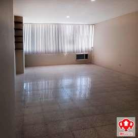 Oficina en alquiler, centro de Machala, 835
