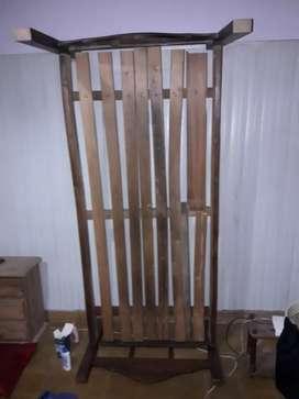 Vendo cama de una plaza a reparar